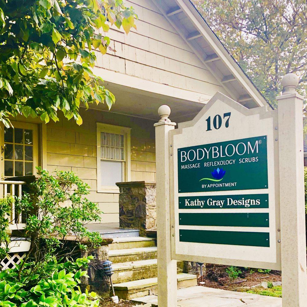 BodyBloom Massage & Reflexology: 107 W Marshall St, Middleburg, VA