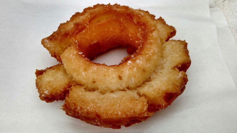 Best Donuts: 3900 E Thousand Oaks Blvd, Westlake Village, CA
