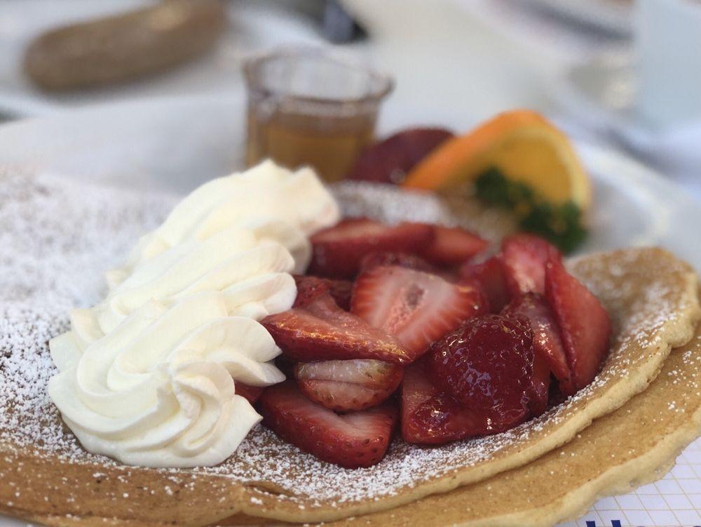 Paula's Pancake House: 1531 Mission Dr, Solvang, CA