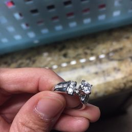 Jared s galleria of jewelry 11 reviews jewelry 3951 for Jared galleria of jewelry selma tx