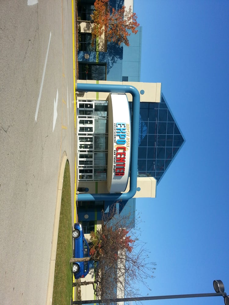 Birch Run Expo Center: 11600 N Beyer Rd, Birch Run, MI