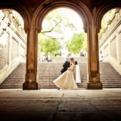 Photo Of Post Production For The Wedding Photographer Brooklyn Ny United States
