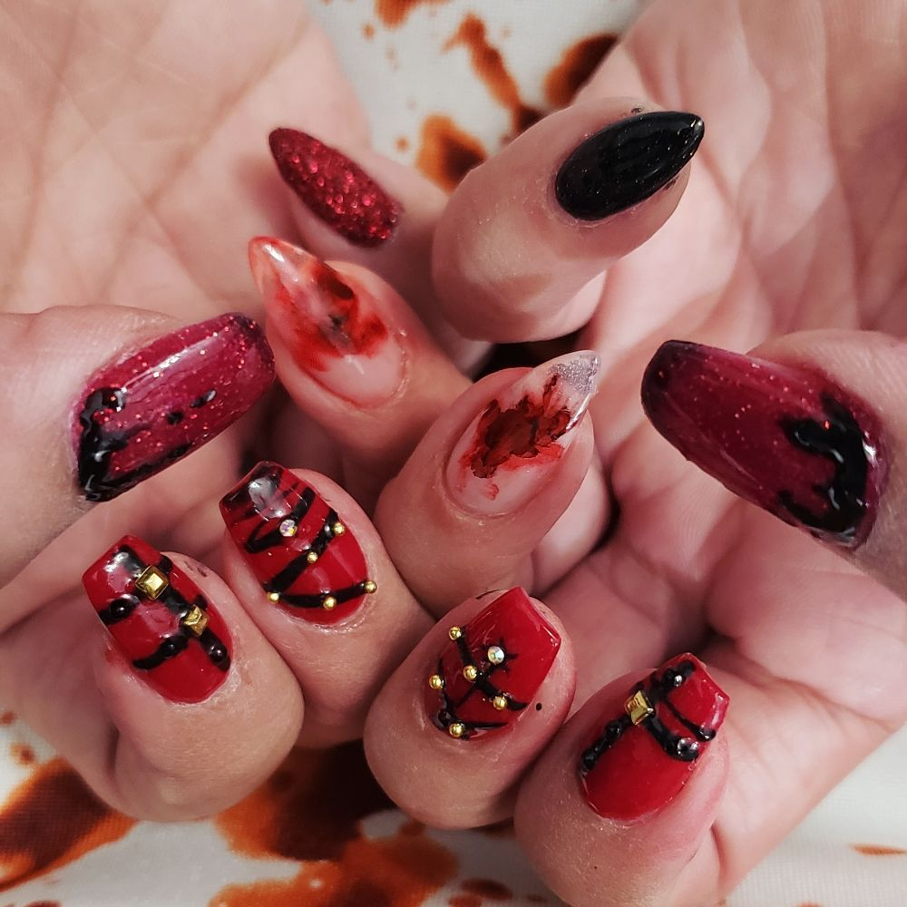 Nails & More: 6230 Phelan Blvd, Beaumont, TX