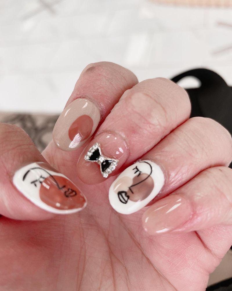 Linda's Nails: 524 W Cordova Rd, Santa Fe, NM
