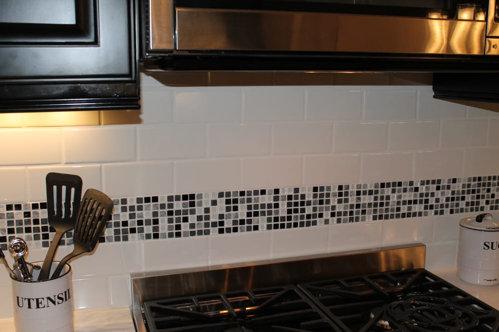 Back Splash Classic Subway Tile With Vintage Marble And Glass