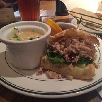 Mimi S Cafe Northridge Ca