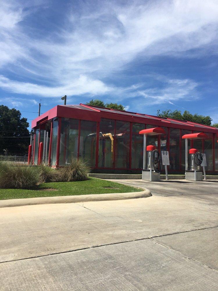 Hurricane Express Car Wash: 205 Iberville Dr, Biloxi, MS