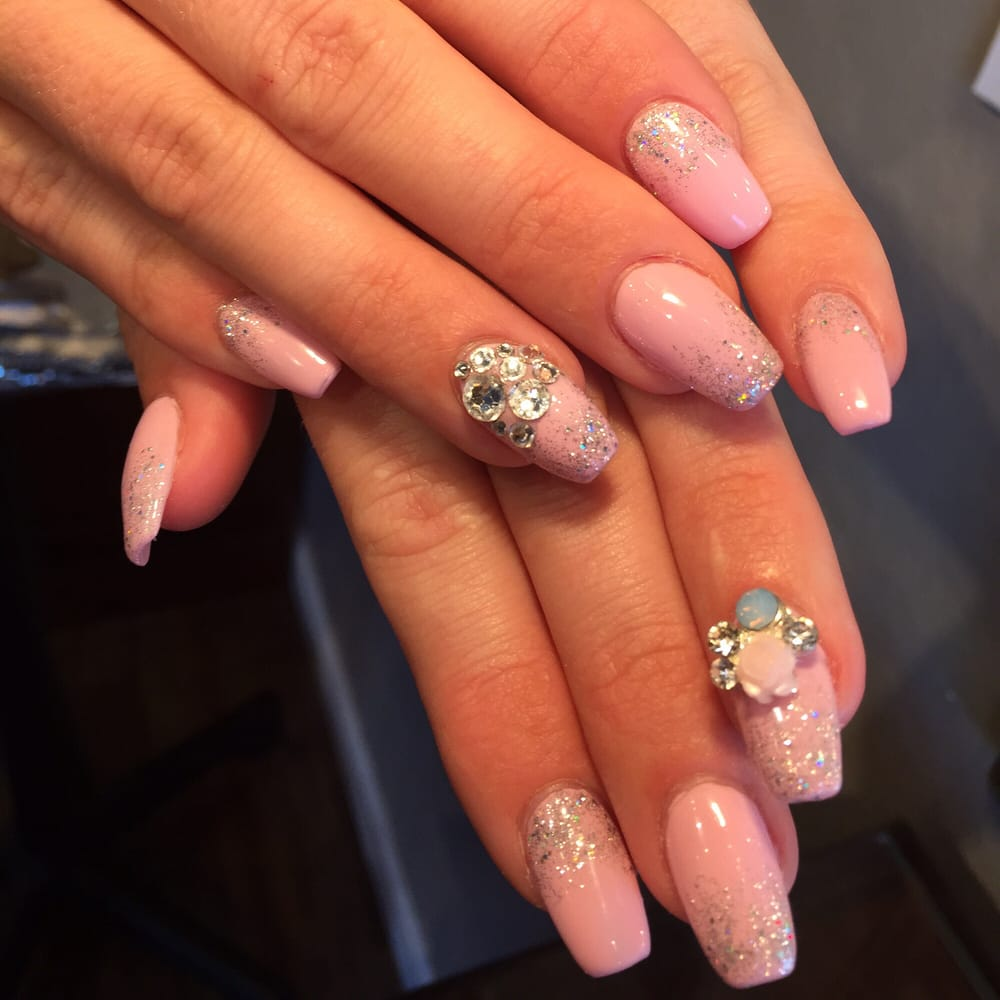 Patricia Loves Doing Fun Nails !