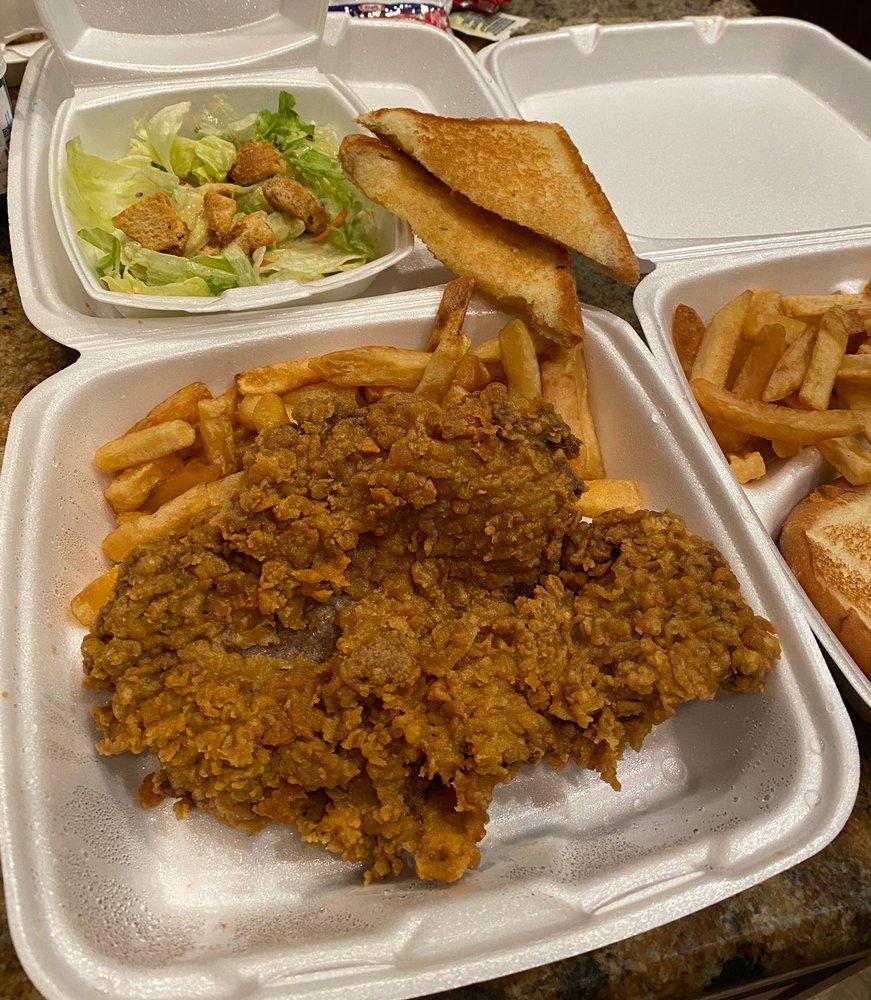 818 Diner: 818 Oklahoma Blvd, Alva, OK