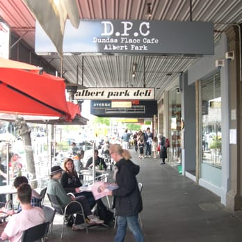 Dundas Cafe Albert Park
