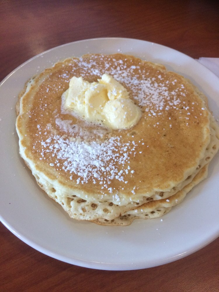 The King Of The Pancake House: 2301 E Wabash St, Frankfort, IN
