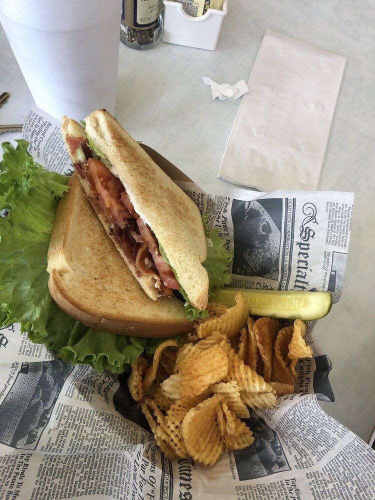 Hyde Park Cafe: 113 W Main St, Paragould, AR