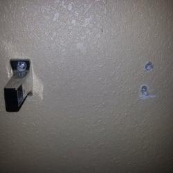 Photo Of Red Carpet Inn Orchard Park Ny United States Broken Toilet