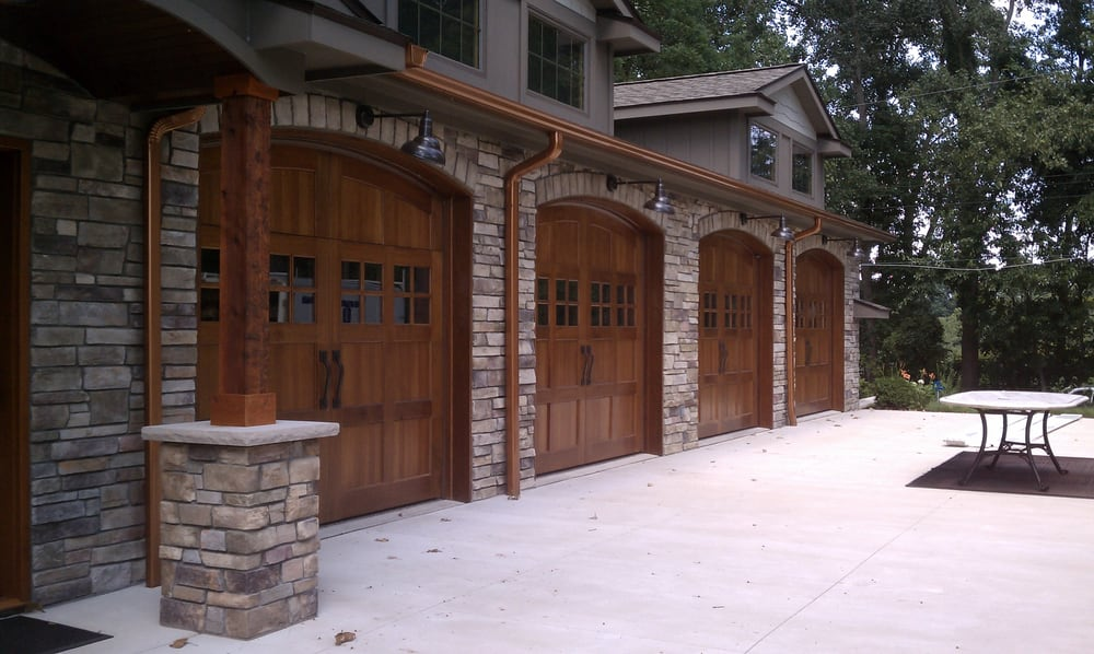 Sensational Garage Done With Bucks County Country Ledgestone By Boral Download Free Architecture Designs Jebrpmadebymaigaardcom