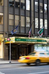 Courtyard by Marriott New York Manhattan/Midtown East: 866 3rd Ave, New York, NY