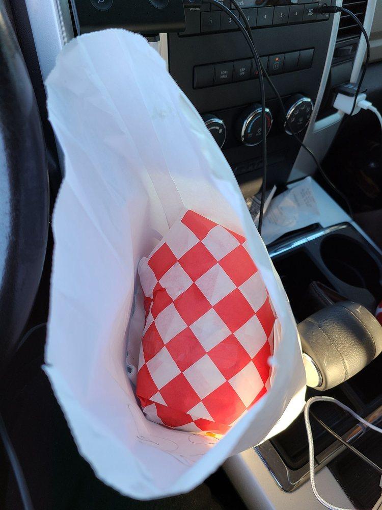 Willies Burger & Chicken Shack: 301 W Emery St, Dalton, GA