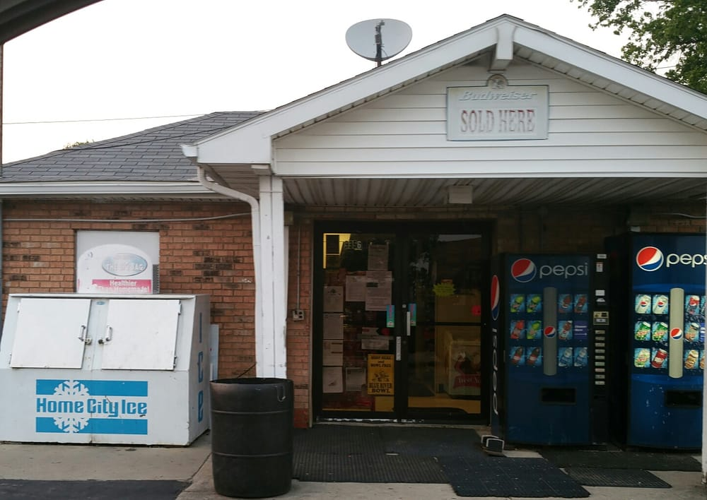On the Way Mini-Mart: 9356 W State Rd 44, Manilla, IN