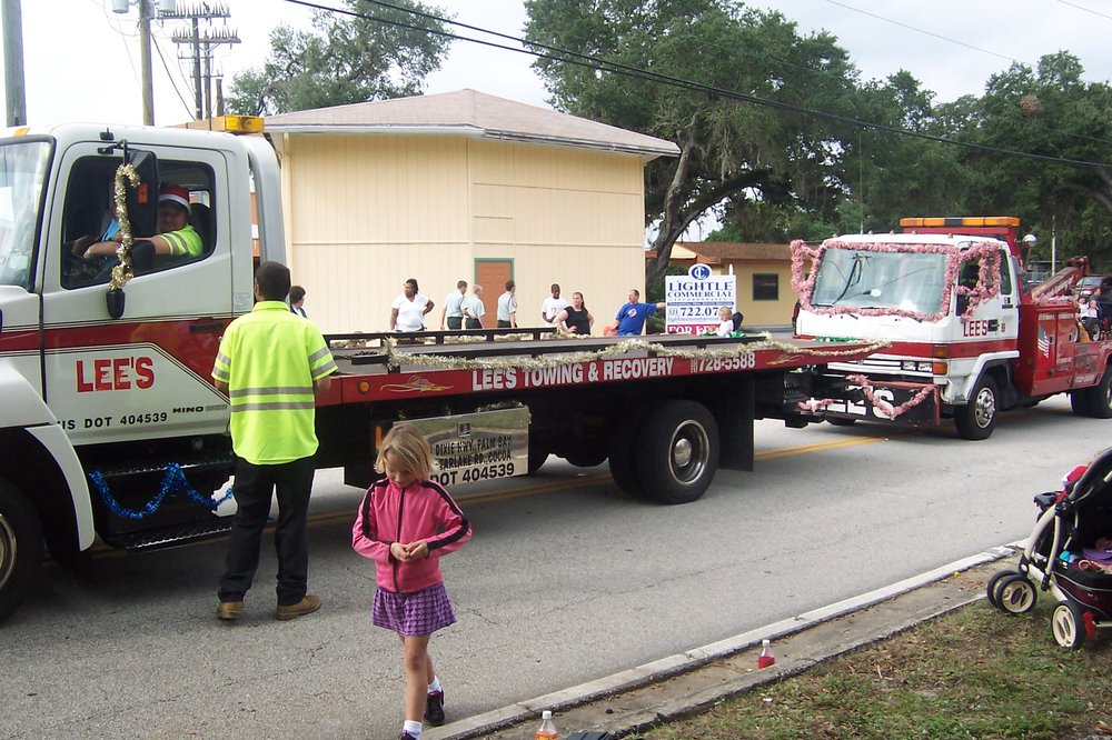 Towing business in Palm Bay, FL