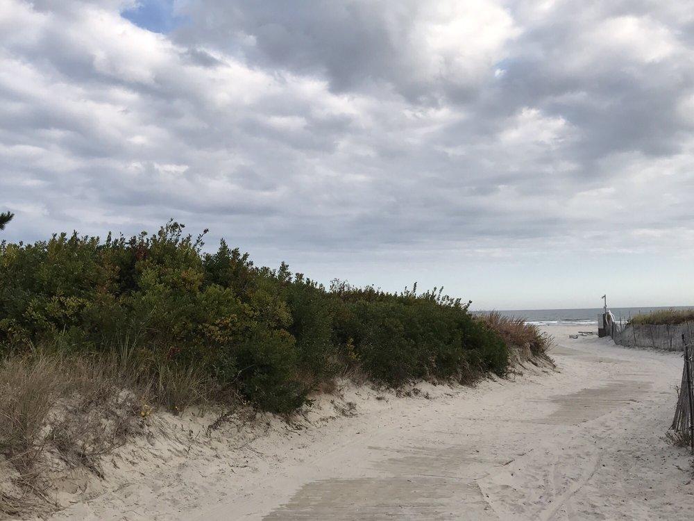 Diamond Beach: 9905 Seapointe Blvd, Wildwood, NJ