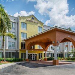 338a444afaaf5e Comfort Suites Sawgrass - 30 Photos   18 Reviews - Hotels - 8301-A W ...