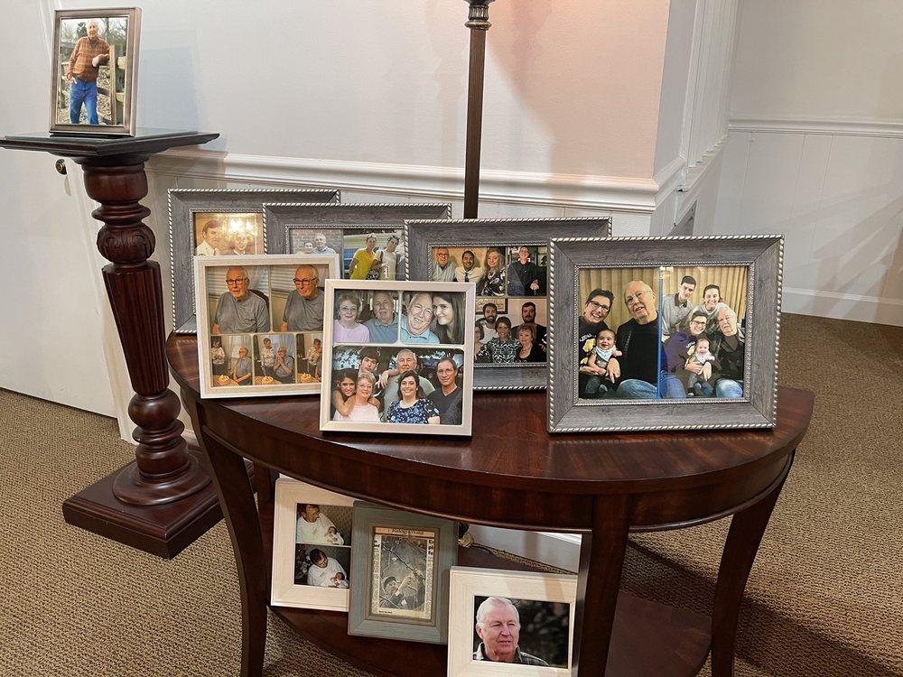 Rose & Graham Funeral Home: 301 W Main St, Benson, NC