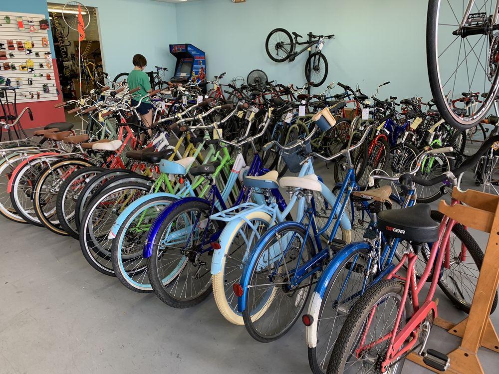 Southwest Cyclery: 9760 Foundren Rd, Houston, TX