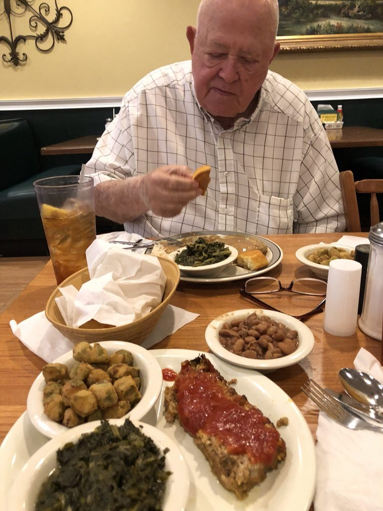 Mama Penn's-Real Southern Cooking: 2802 N Main St, Anderson, SC