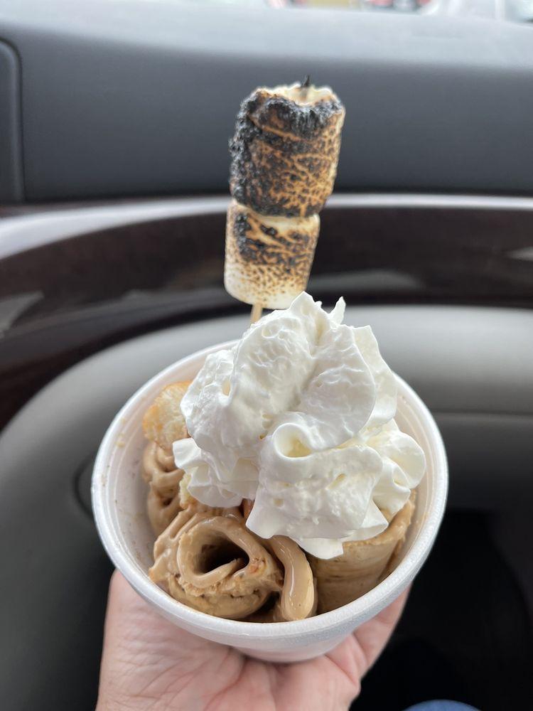 Sweet Charlie's: 2572 Cobbs Ford Rd, Prattville, AL