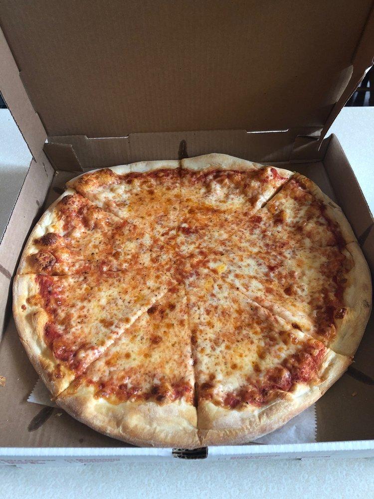 Benny's II Pizzeria: 2660 PA-115, Effort, PA