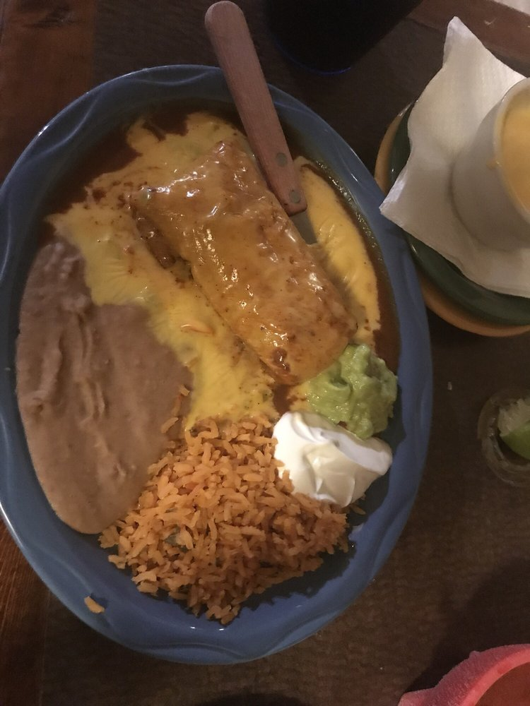 El Mexicano Grill: 1307 TX-230 Loop, Smithville, TX
