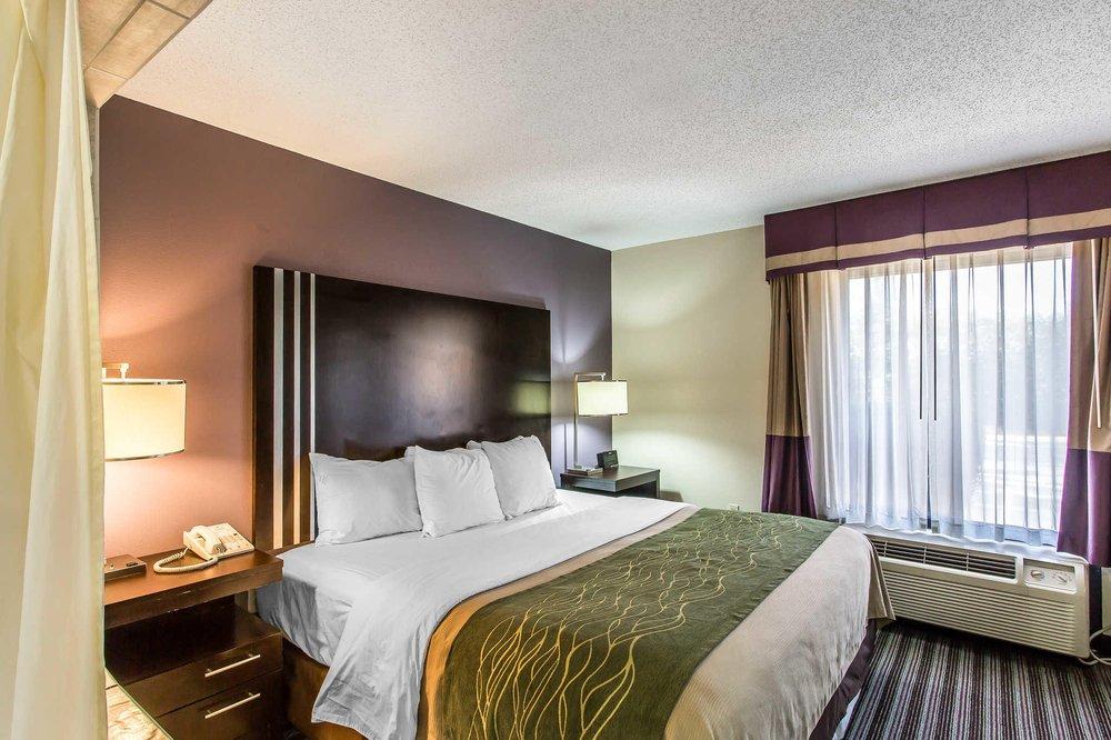Comfort Inn: 5135 Cairo Rd, Paducah, KY