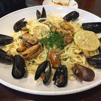 Photo Of Pomodoro Pizza Italian Restaurant Downingtown Pa United States