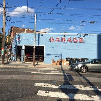 Garage fishtown 23 photos 30 reviews beer bar 100 for Fish town philadelphia