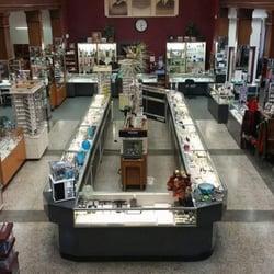 Wiitamaki jewelry store klockor 201 e wishkah st for Jewelry stores in usa