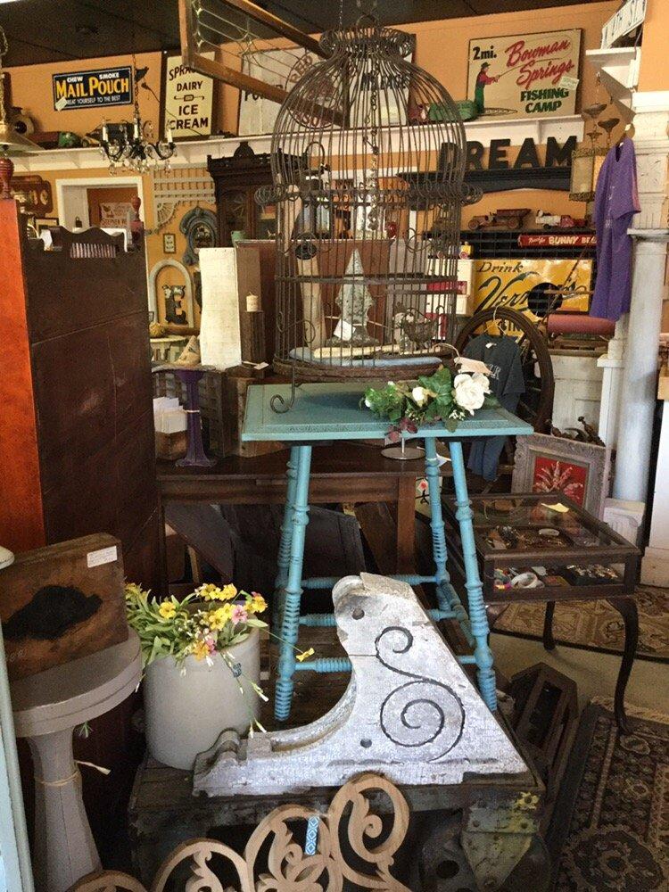 4th Street Antiques: 347 N Cedar St, Imlay City, MI