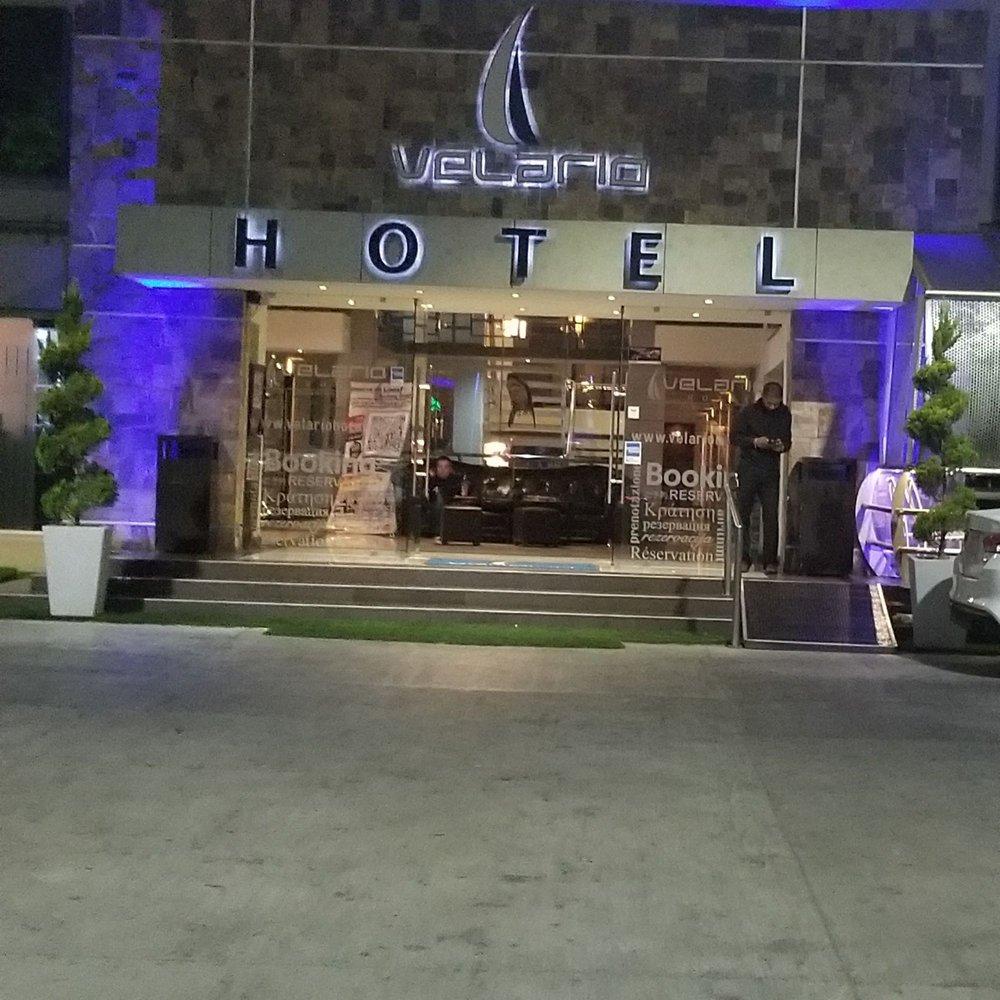 Hotel velario 10 fotos e 17 avalia es hot is calle for Hoteis zona centro com piscina interior