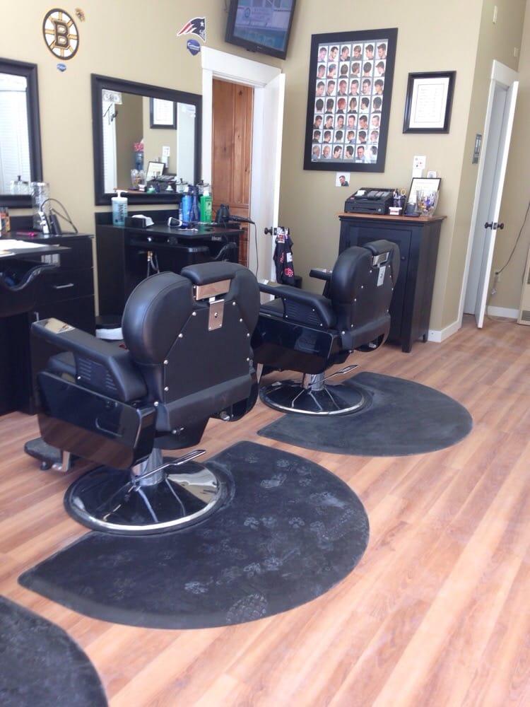 Martin's Barber Shop: 20 Elm St, Templeton, MA
