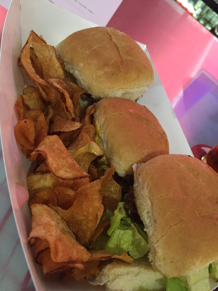 trio of oh burgers and oh chips yelp