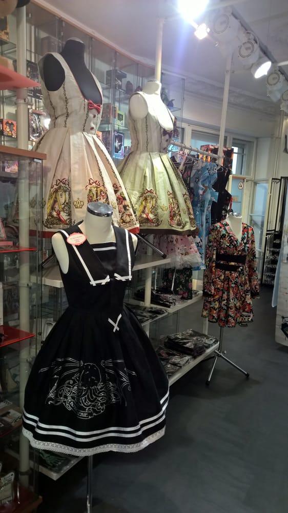 lolita kleider von innocent world strawmary und vielen. Black Bedroom Furniture Sets. Home Design Ideas