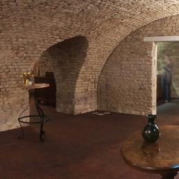 fotos zu historischer weinkeller mannheim yelp. Black Bedroom Furniture Sets. Home Design Ideas