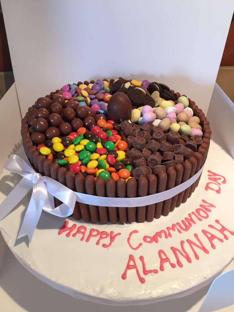 Candy topped section cake, chocolate biscuit cake inside