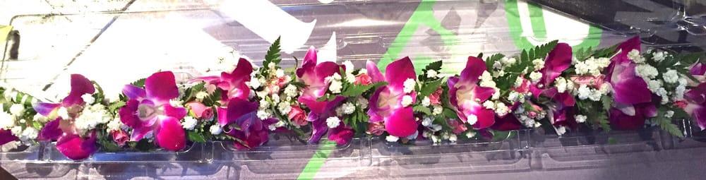 Pauahi Leis & Flowers