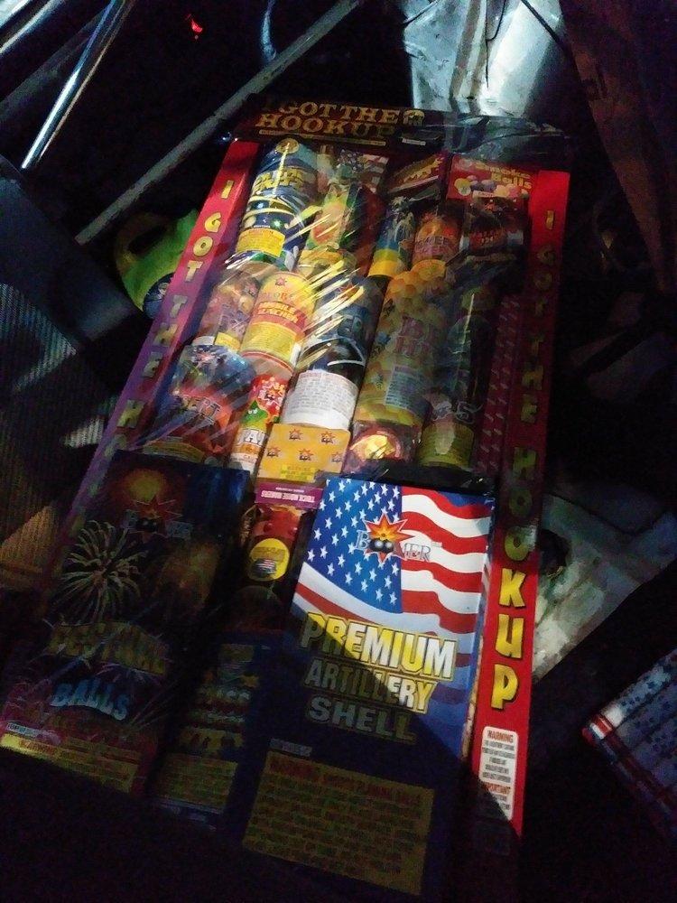 Muckleshoot Fireworks Mall: 2155 Auburn Way S, Auburn, WA