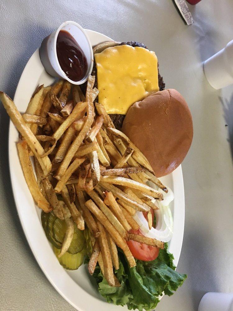 Kathy's Kitchen: 4517 State Hwy136, Amarillo, TX