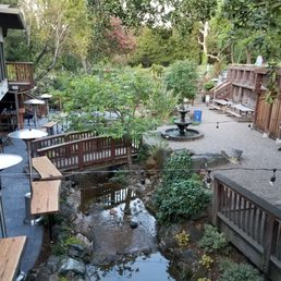 Foto su Waterdog Tavern - Yelp - photo#12
