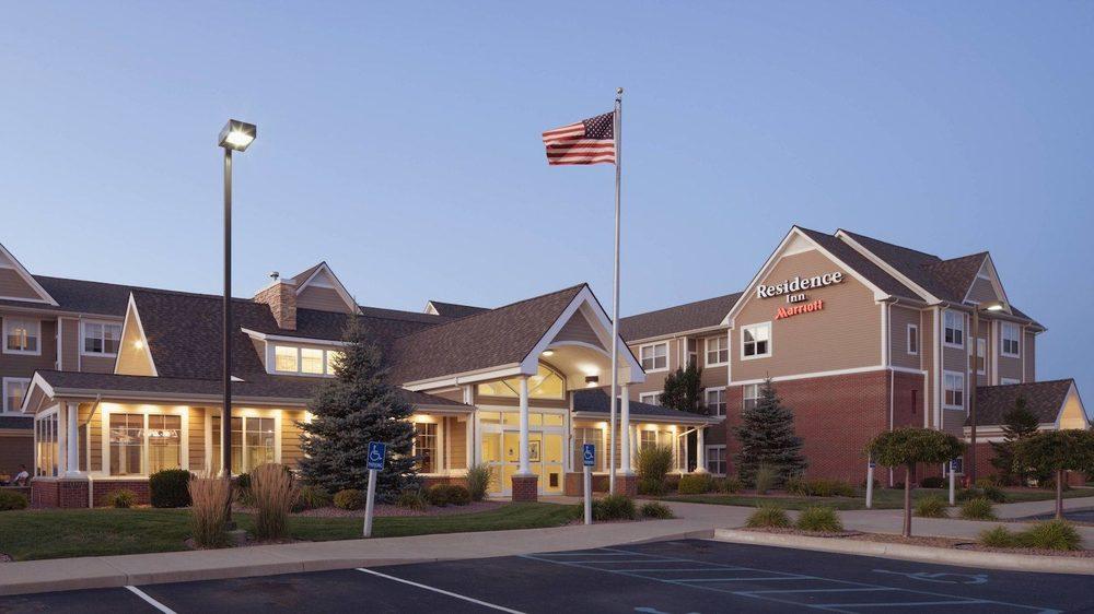 Residence Inn by Marriott Saginaw: 5230 Cardinal Square Blvd, Saginaw, MI