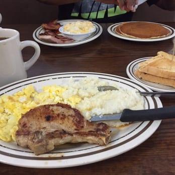 Photo Of Famous Amos Restaurant Jacksonville Fl United States