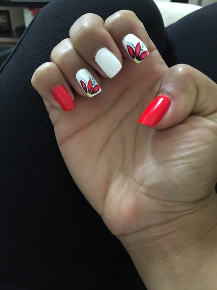 Foxy nails 38 photos 54 reviews nail salons 15027 for 14th avenue salon