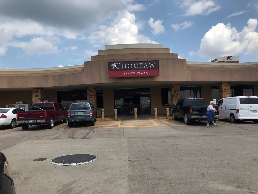 Choctaw Travel Plaza: 4305 Choctaw Rd, Calera, OK