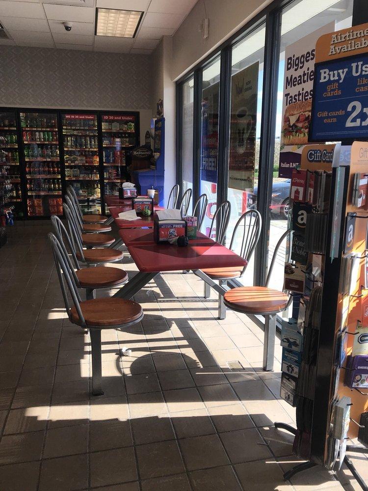 Loaf N Jug: 67 Gateway Cir, Berthoud, CO